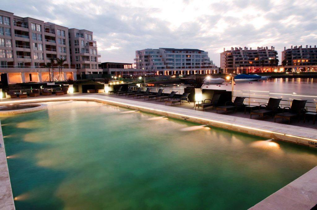 nordelta-hotel_piscina-1-1.jpg.1024x0